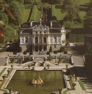 Castle Linderhof Ammergau Alps Germany Places To Travel Central Europe Germany And Italy