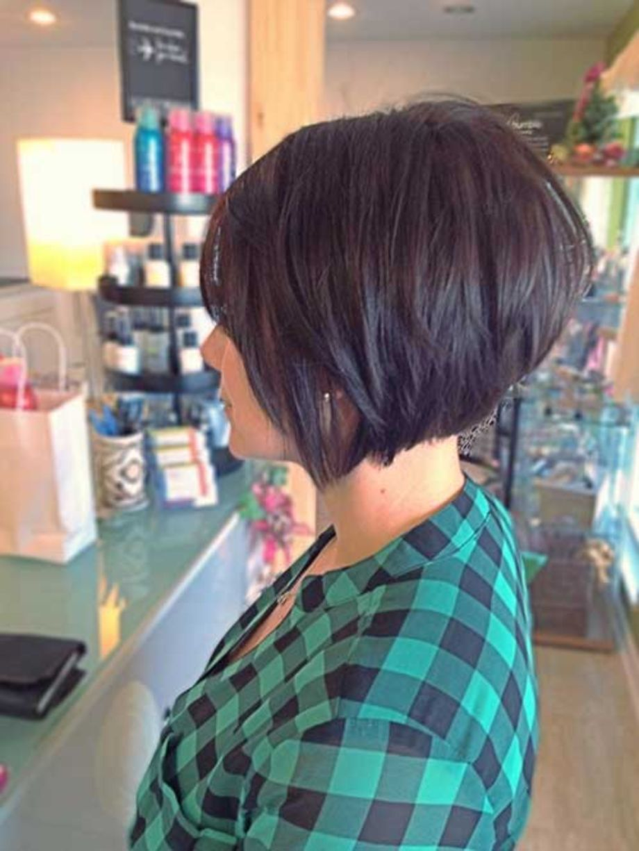 pretty short bob hairstyle for an amazing looks short bobs
