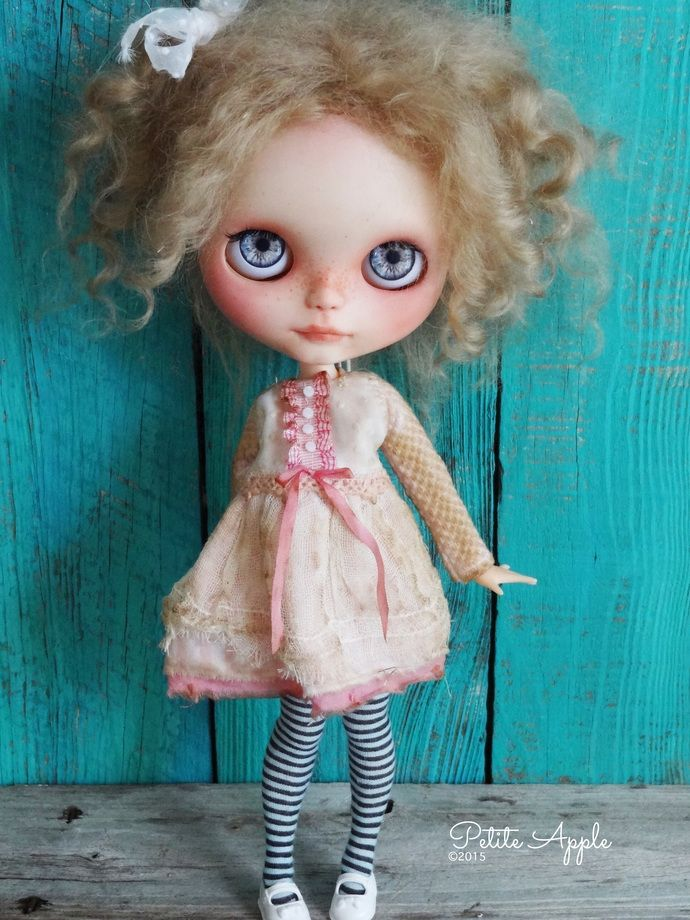 """Blythe doll outfit *Pink candy"""" OOAK vintage embroidered dress -long sleeves by marina, $65.00 USD"""