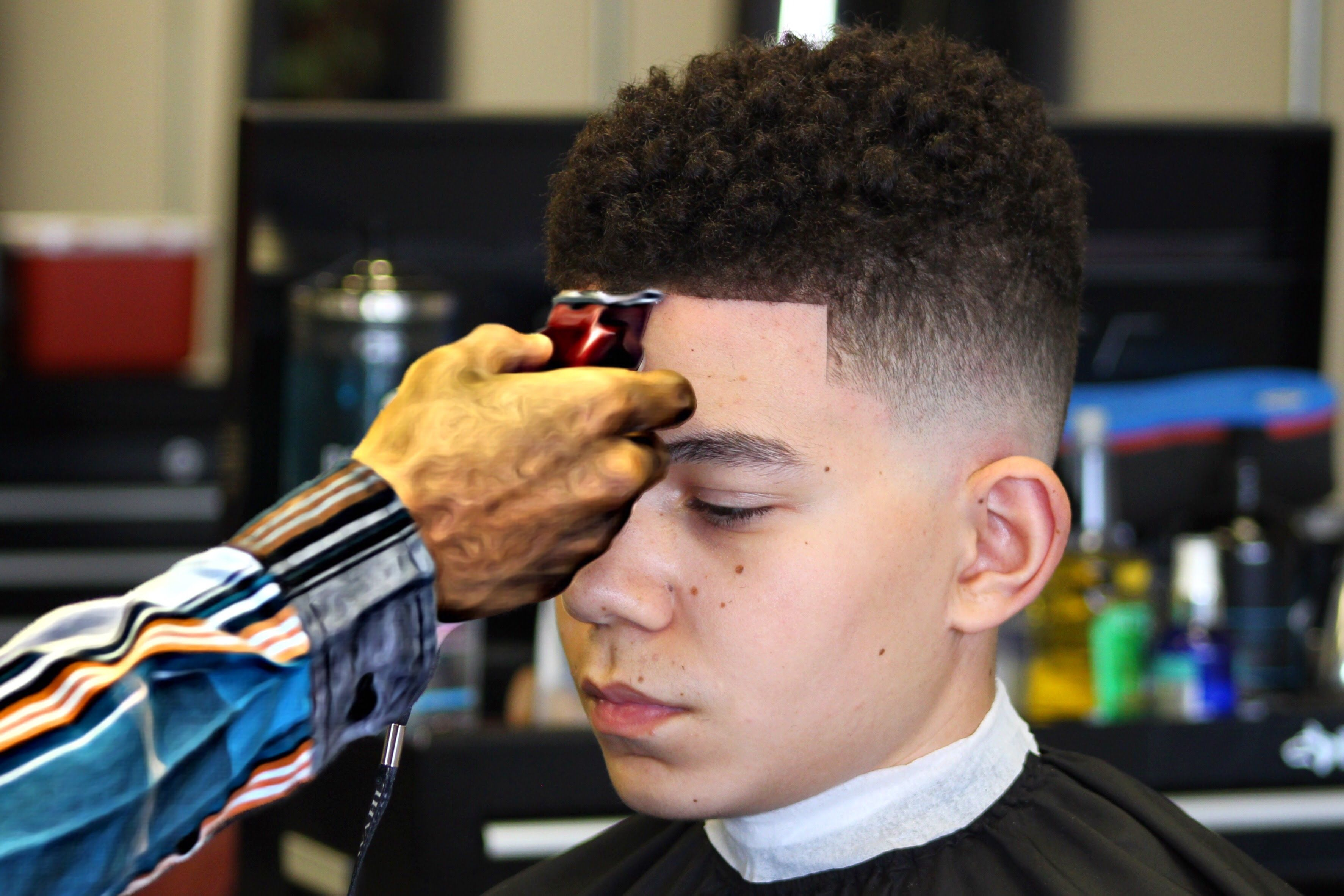 How To Do A Drop Fade Curl Sponge Hd Drop Fade Haircut Black Hair Fade Curl Sponge