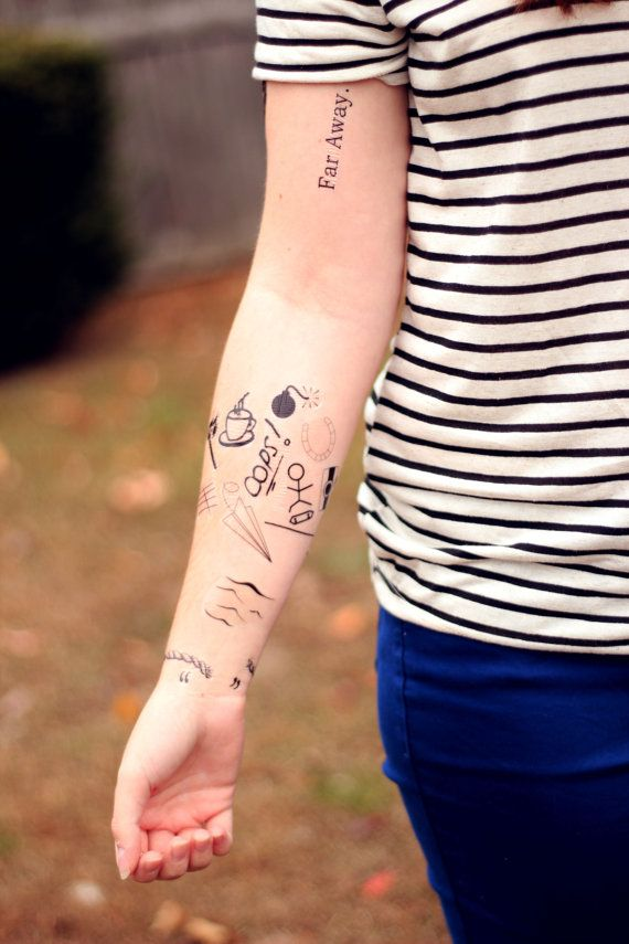 Louis Tomlinson Tattoo Ankle Key