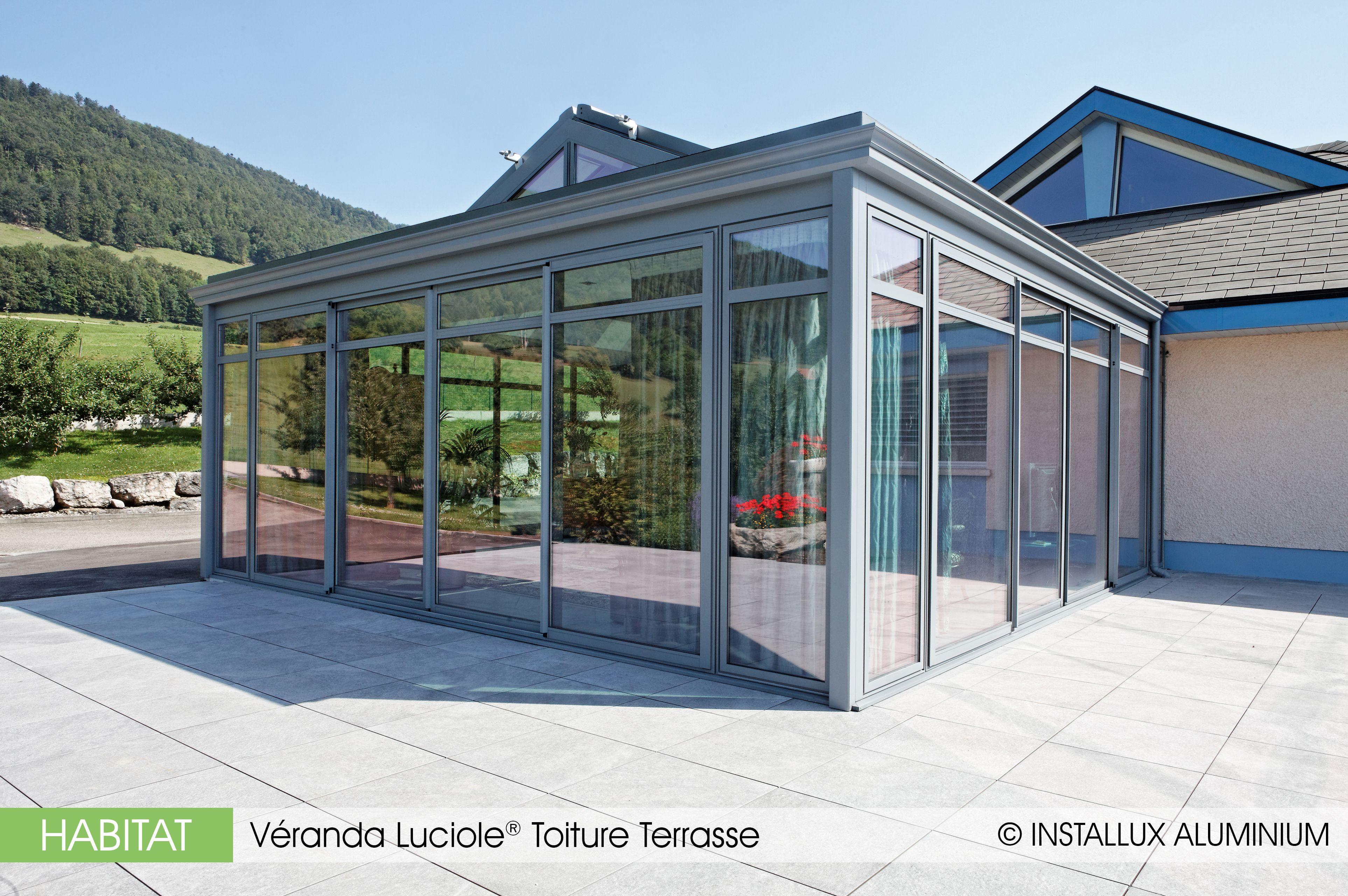 Le concept Luciole® Toiture Terrasse marie à la perfection la luminosité, l'ouverture et le confort thermique avec l'esthétique intérieure d'un véritable projet d'extension