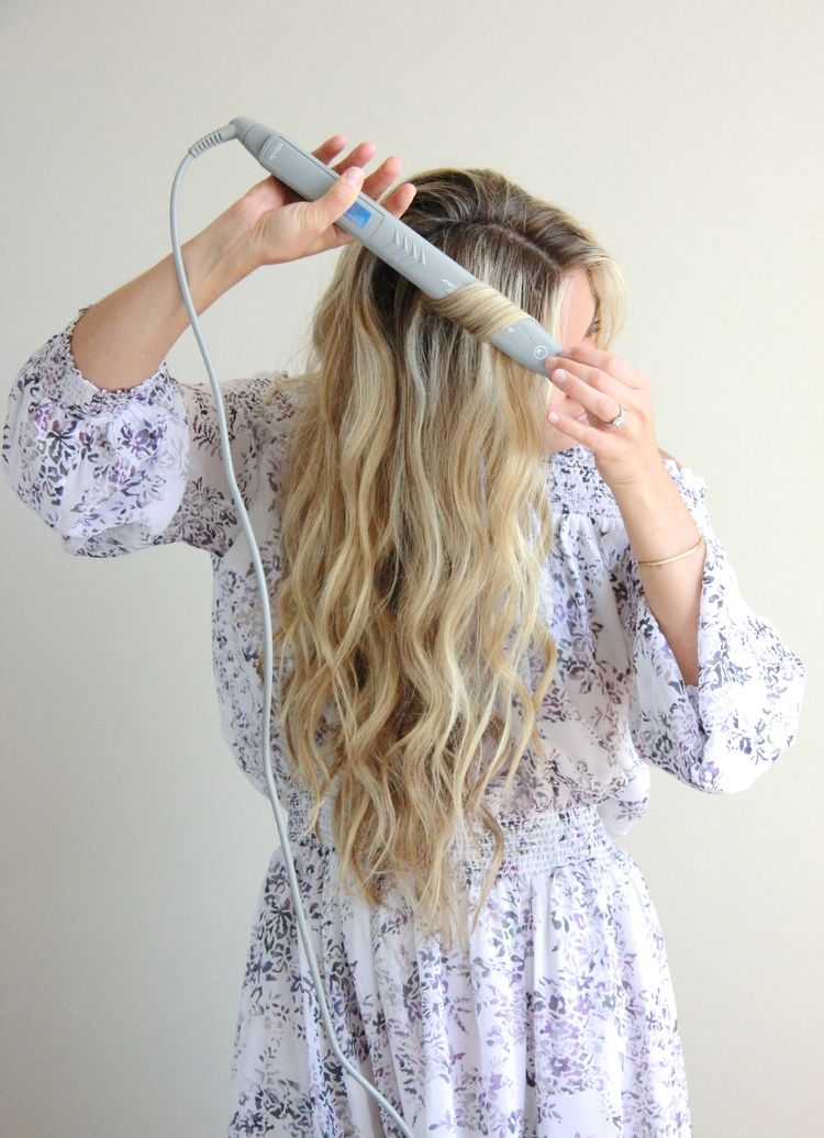Wavy Hair Tutorial With Flat Iron Outfit Ideas Pinterest Hair