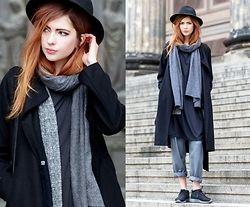 a30c86c696d Ebba Zingmark - redhead blogger Frontrowshop Coat
