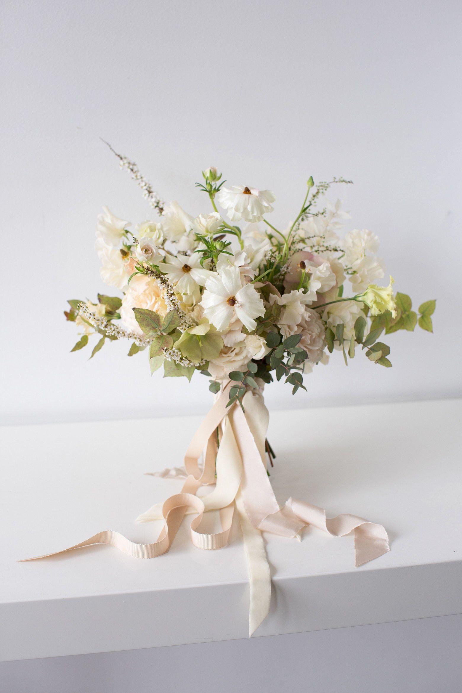 5 Florists Dream Up Meghan Markle S Wedding Bouquet In 2020 Flower Bouquet Wedding Wedding Flower Arrangements Cheap Wedding Flowers