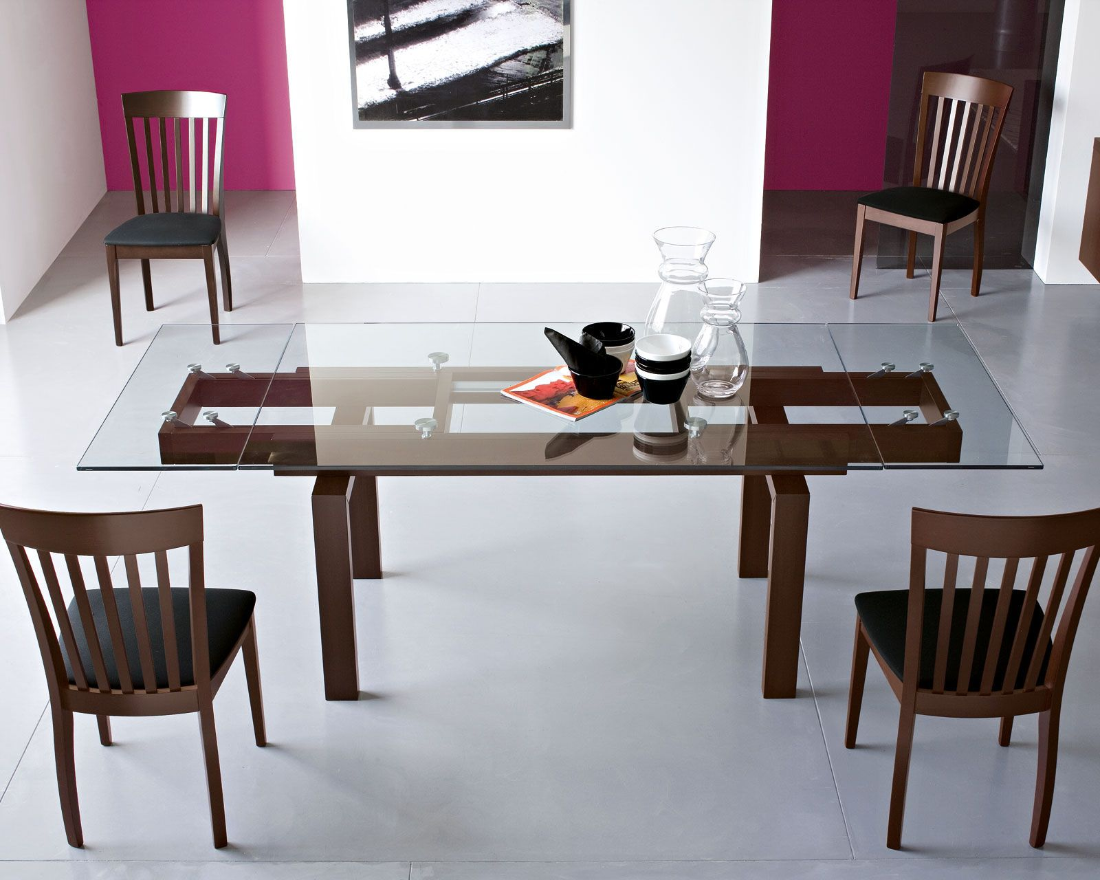 Beautiful Table (wood Body And Top Glass, Extendable) Perfect For A Contemporary  Dining