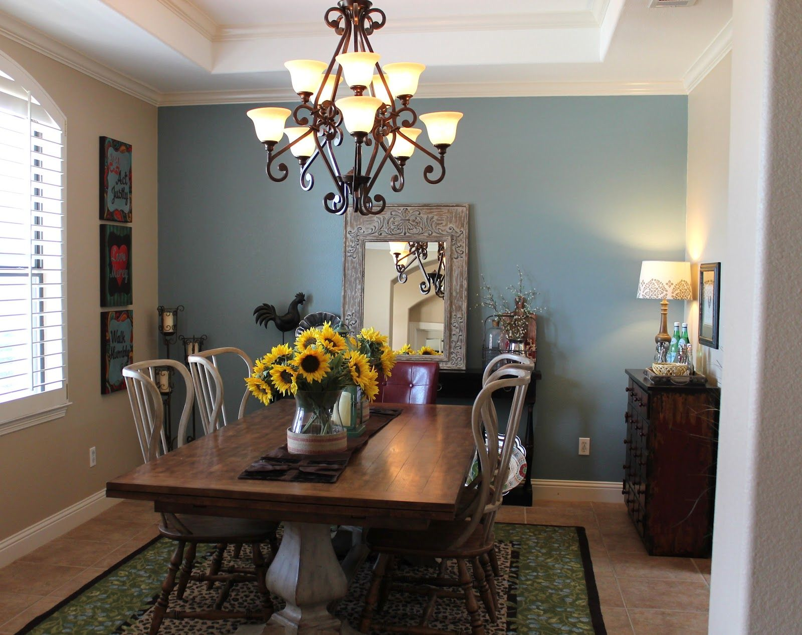 Light blue dining room - Furniturediningroomfavored10lightantiquediningchandelier Furniturediningroomfavored10lightantiquediningchandelier 15 Radiant Blue Dining Room