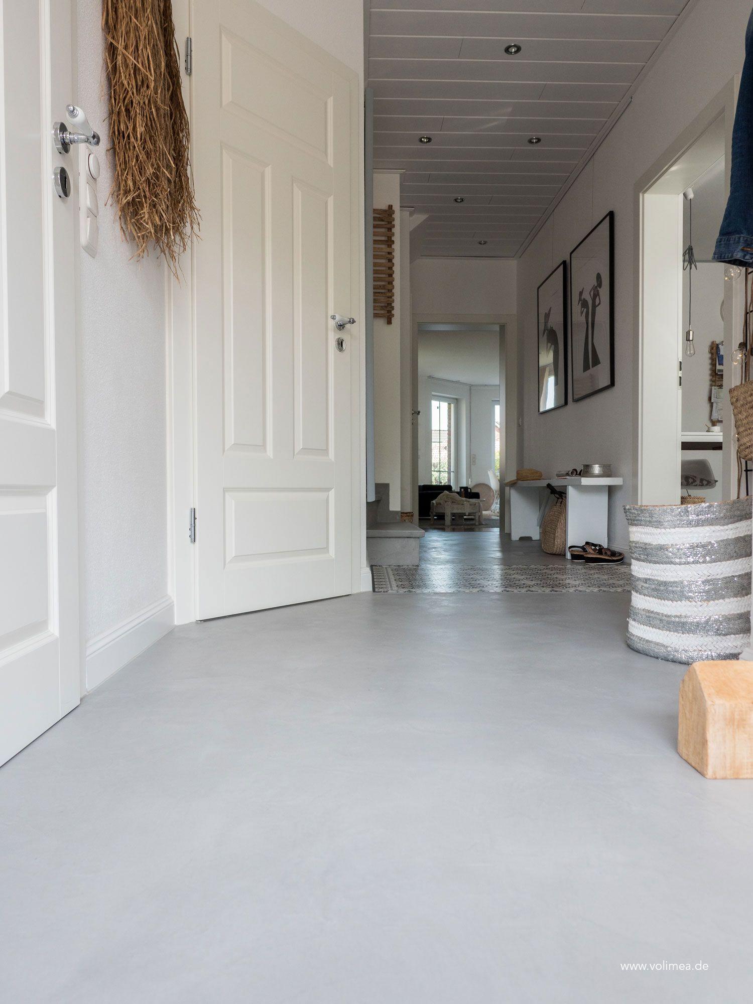 Boden Ohne Fliesen In Betonoptik In 2020 Wandbeschichtungen Bodenbeschichtung Fugenloser Boden