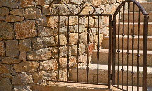 Portillon piscine portail et portillon pinterest for Portillon piscine