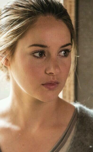 """Beatrice """"Tris"""" Prior (Shailene Woodley)de la trilogía Divergente de Veronica Roth"""