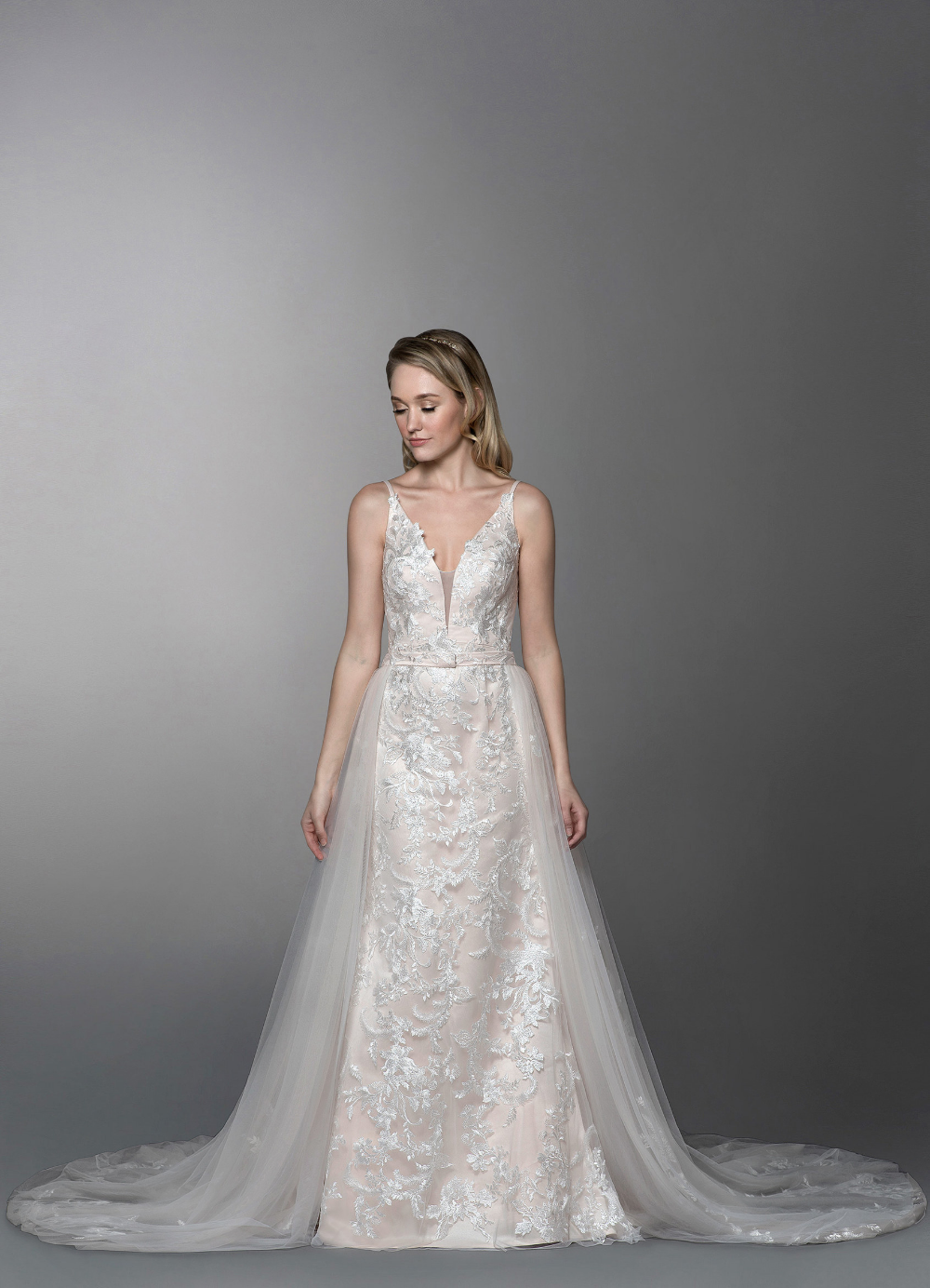 Azazie Aphrodite with Detachable Train BG Wedding Dresses