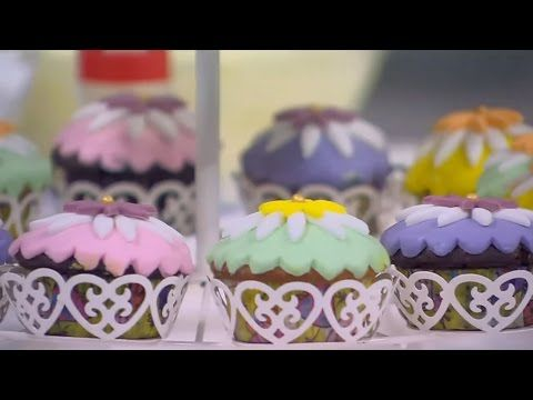 كب كيك فانيليا وشيكولاتة سالي فؤاد Youtube Desserts Cake Food