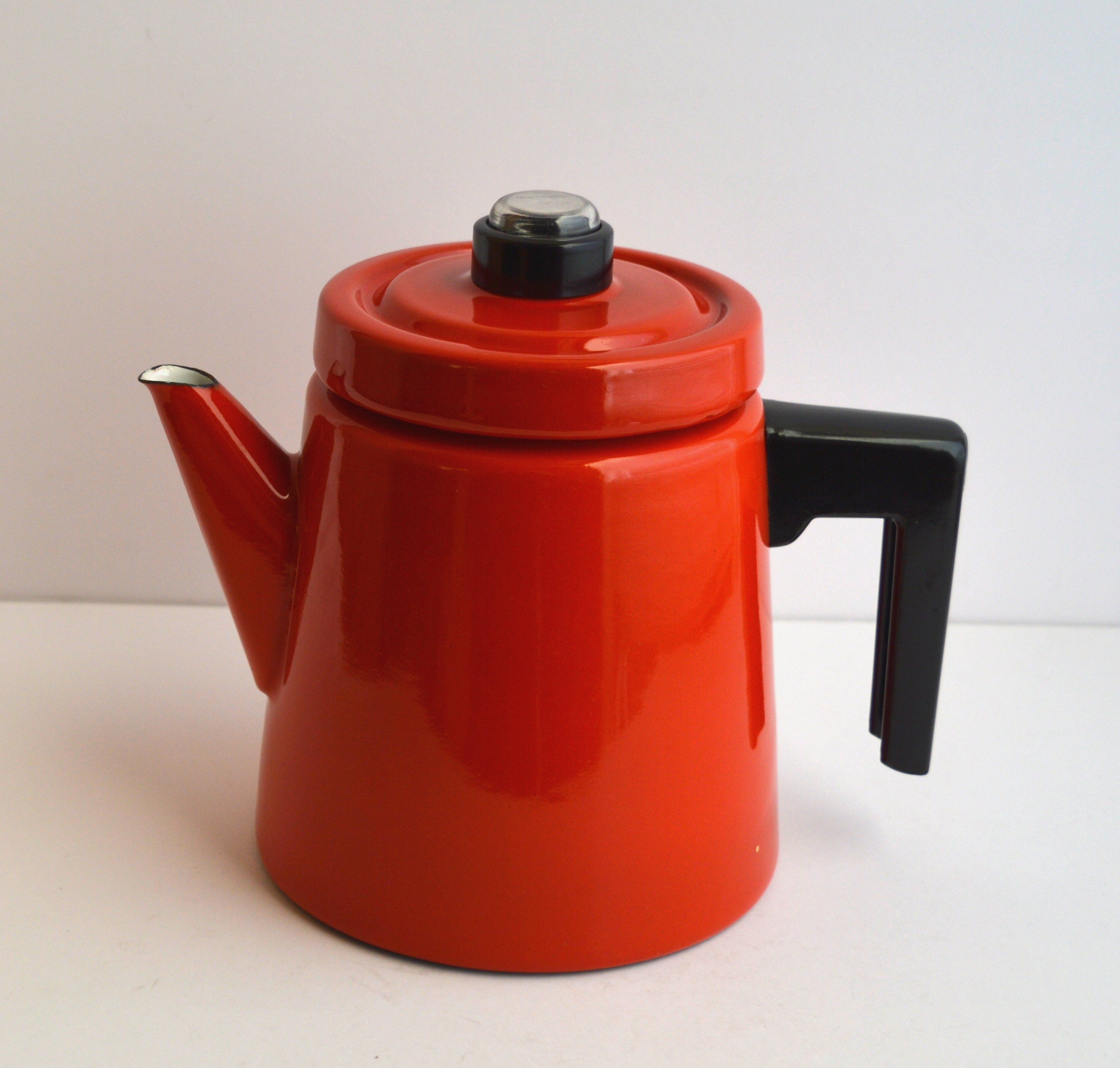 Red Enamel Coffee Pot Percolator Pehtoori Antti In 2020 Coffee Pot Percolator Percolator Coffee