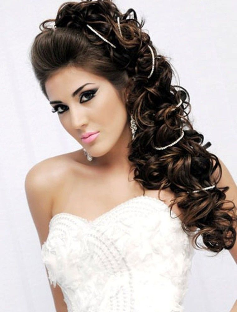 Long Wedding Hairstyles To The Side (With images) | Wedding hair side, Bridal hair and makeup ...