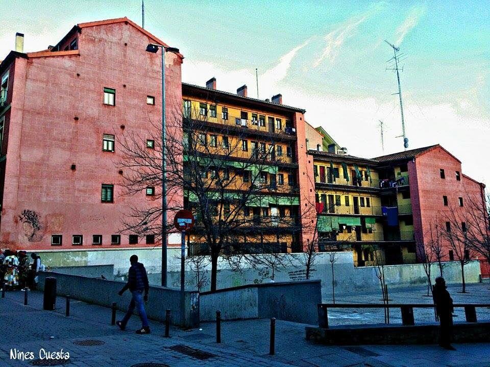 """""""La Corrala"""", con patio abierto a la calle de Mesón de Paredes, fue declarada Monumento Nacional en 1977"""