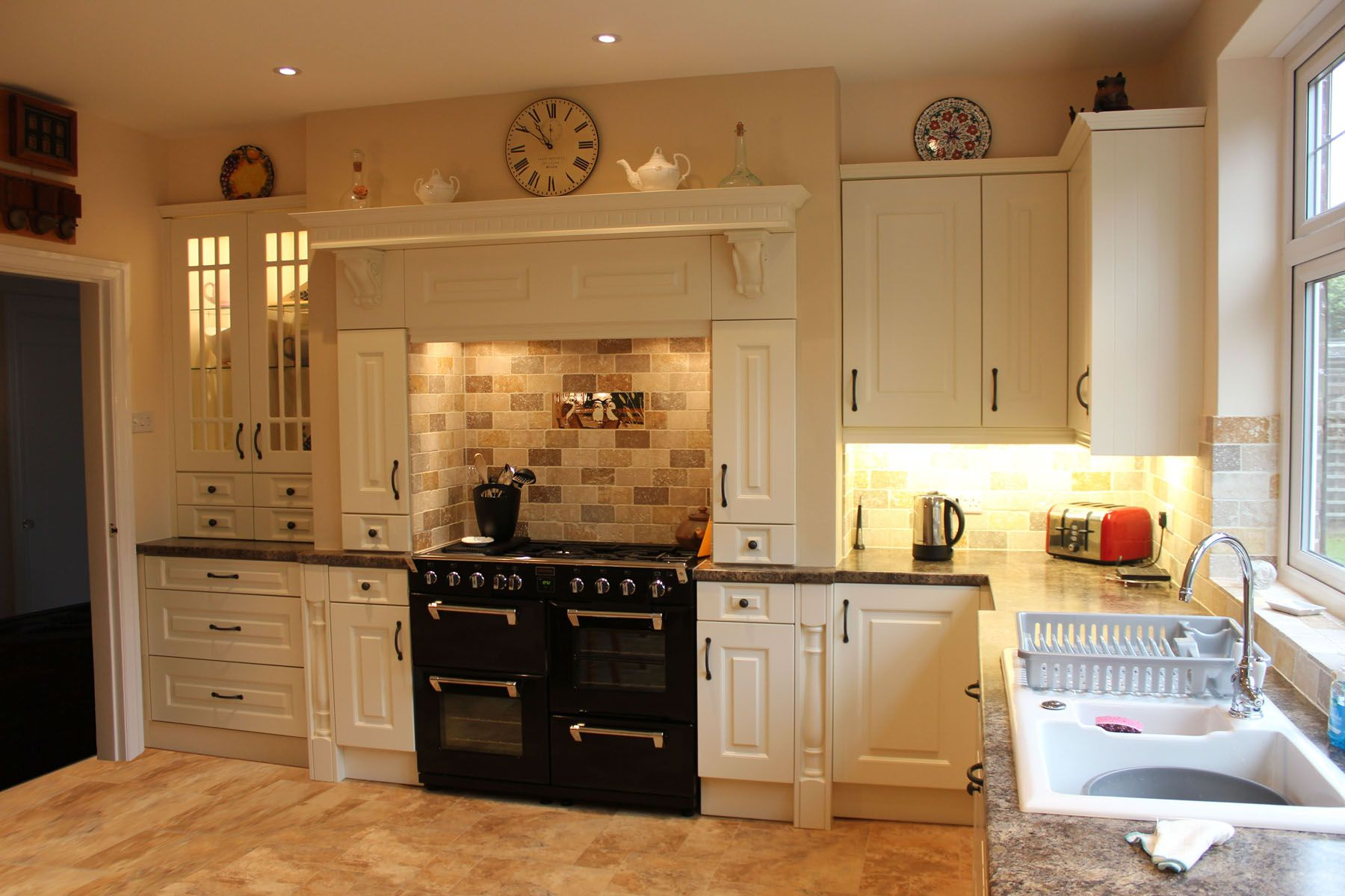 Traditional cream kitchen kitchen projects pinterest for Kitchen ideas with cream cabinets