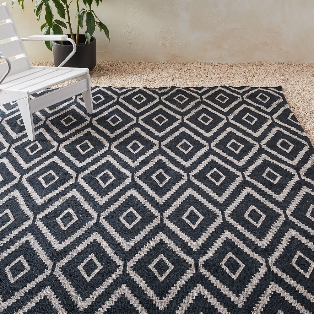 Checkerboard Diamond Wool Dhurrie Modern Kilim