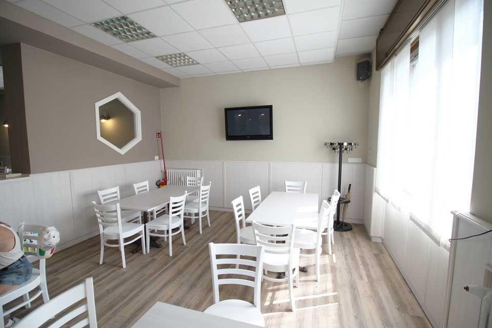 Progetto arredamento bar circolo monza per il restyling for Arredare pizzeria