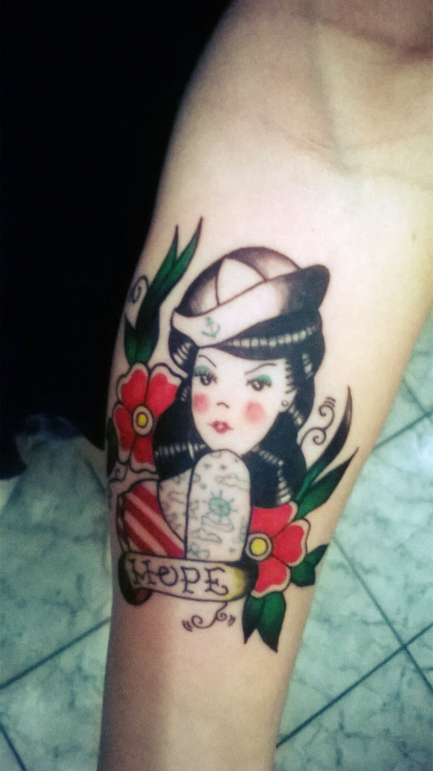 Old school tattoo pin up marinheira hope photobook for Old school pin up tattoos