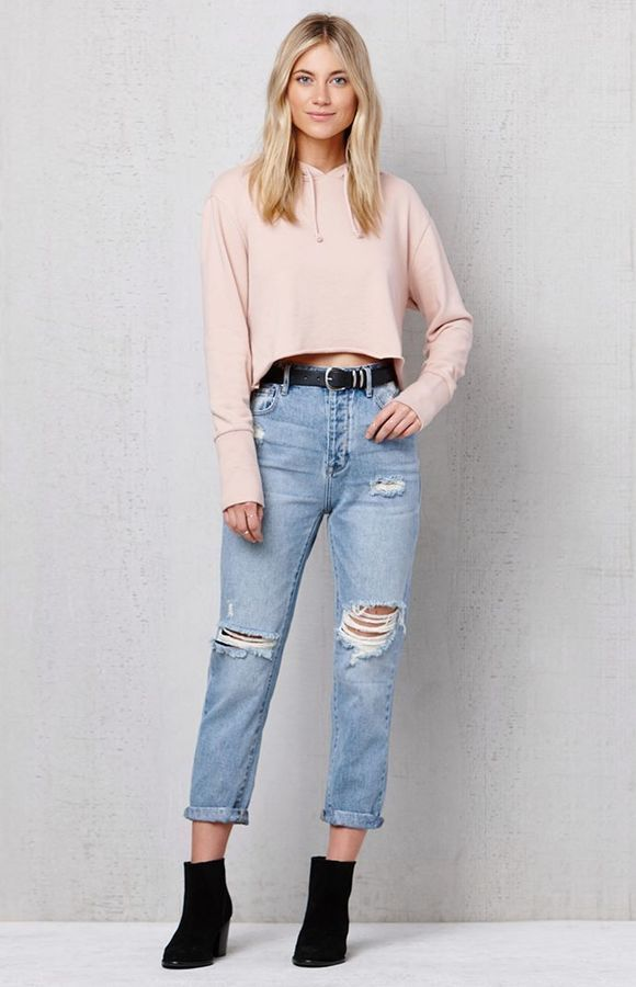 6207fcbc7270a0 PacSun Favorite Blue Ripped Mom Jeans