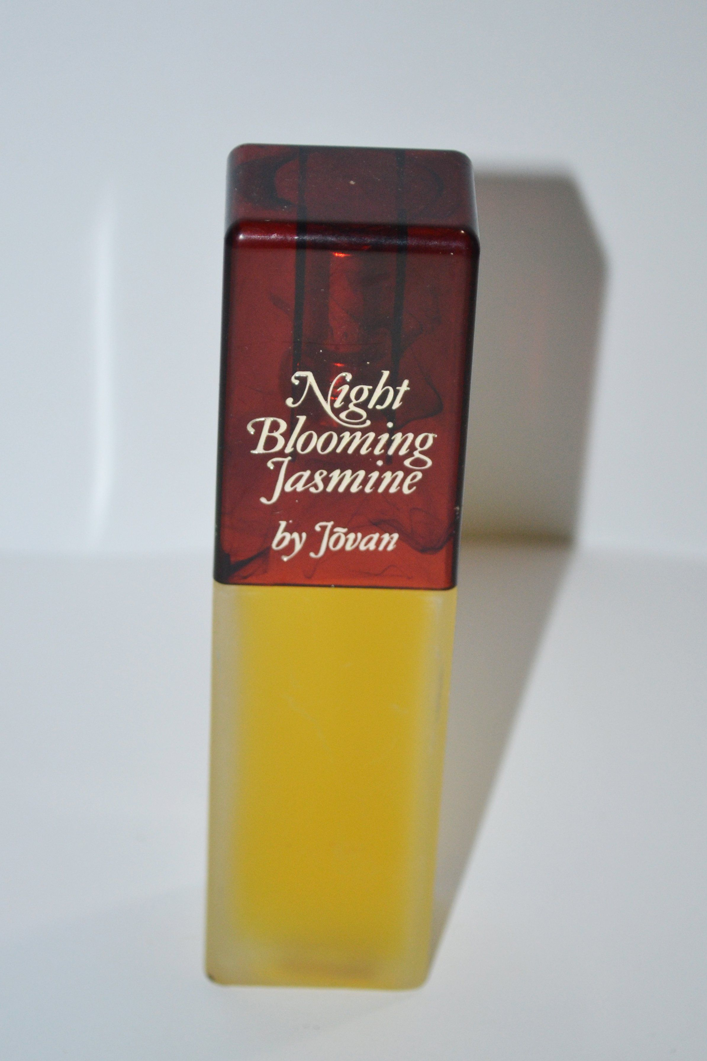 Vintage Night Blooming Jasmin Cologne By Jovan