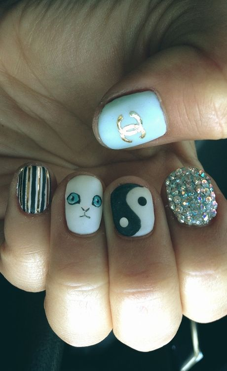 MEOW! 40 Kitty Cat Nail Designs | Cat nail designs, Cat nails and Kitty