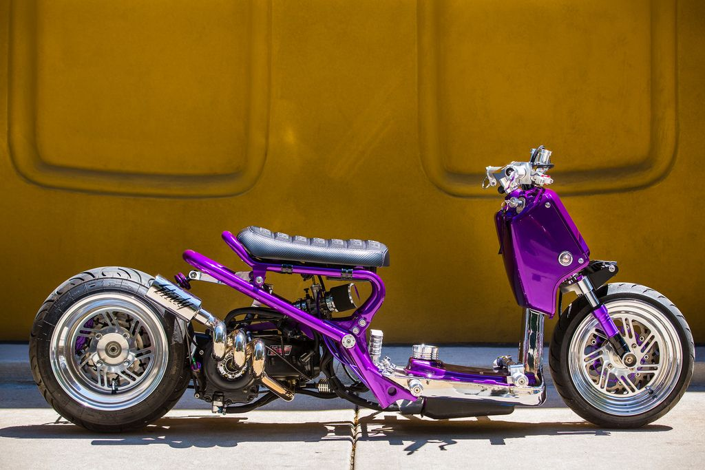 purple ruckus al 39 s alectric motorad oldtimer wolle. Black Bedroom Furniture Sets. Home Design Ideas