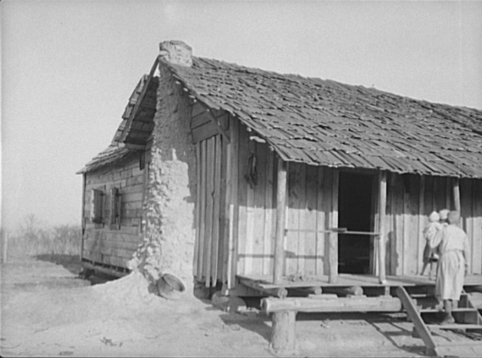 cabin with mud chimney 1937 Gees bend quilts, Gees
