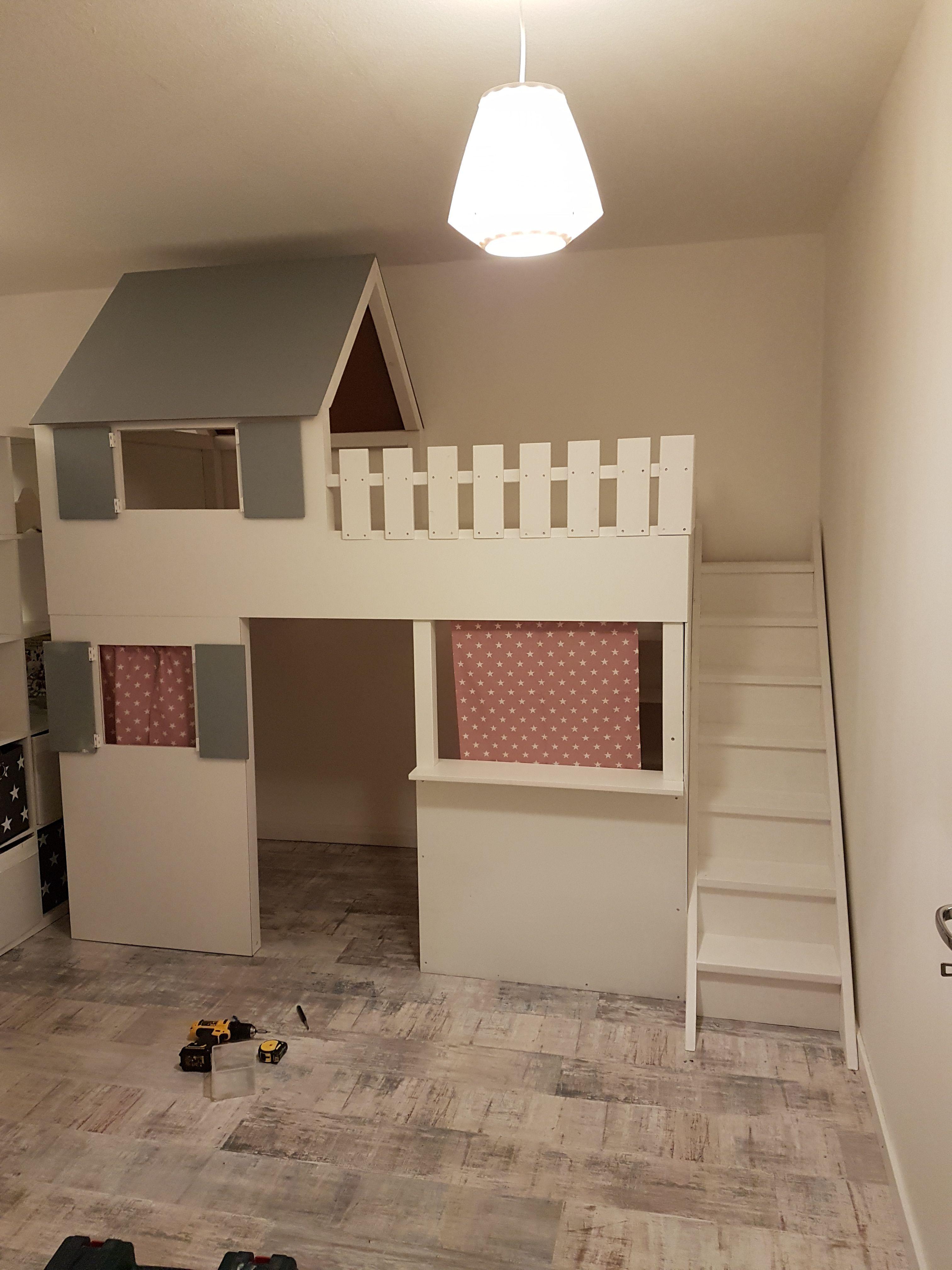 """""""Hochbetthaus"""" mit Kaufladen in 2020 (mit Bildern"""