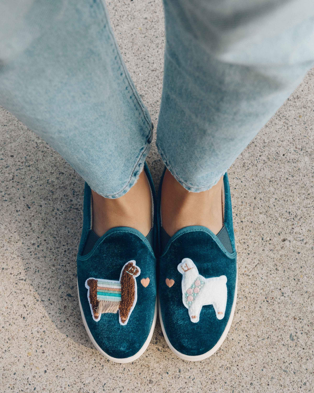 22e050e1de7 Velvet Llamas in Love Sneaker – Soludos