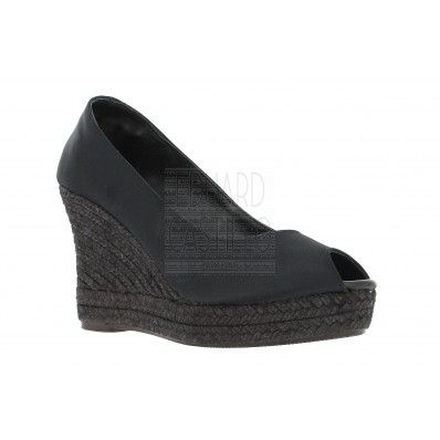 Salones de mujer en negro y cuña de esparto de 9 cm OCASSION WEDGES FOR WOMEN by Eduard Castillo Barcelona