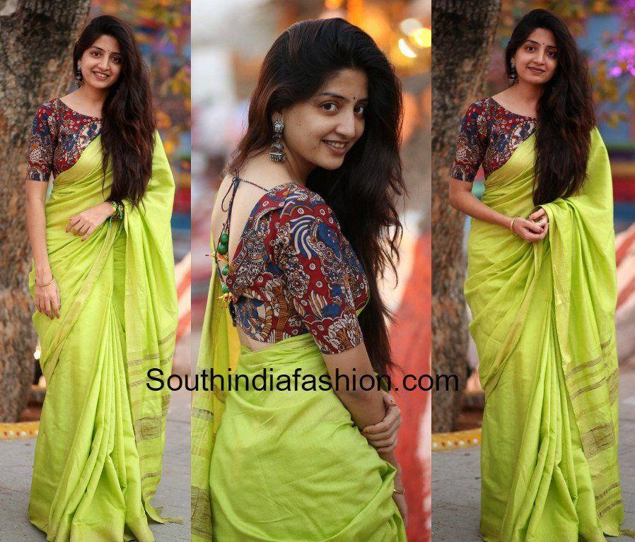 ec8ab073872b79 Poonam Kaur in a plain saree and Kalamkari blouse