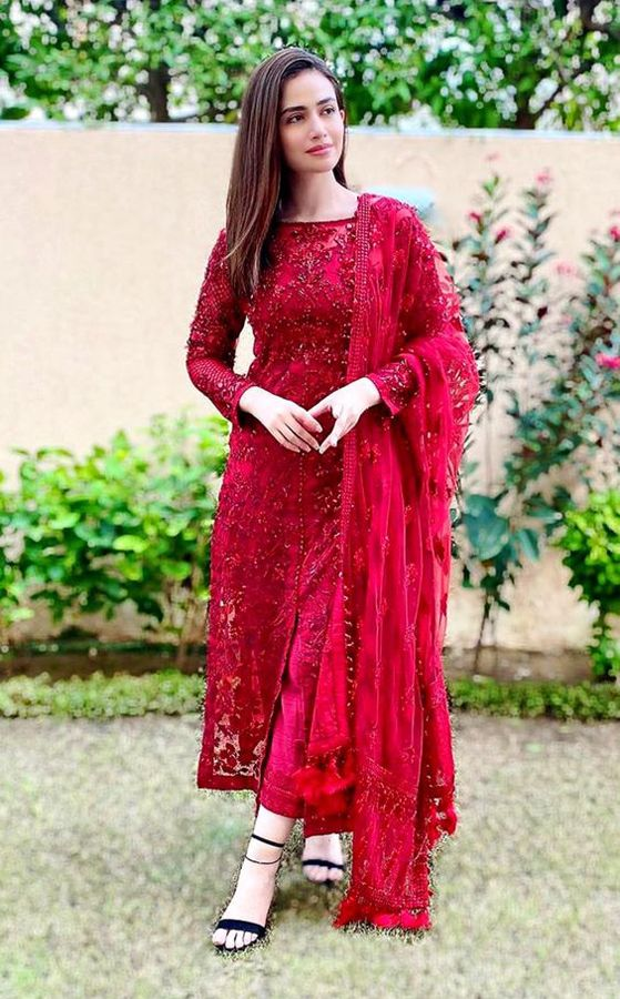 Partywear Dresses For Women New Style Dress For Party Ladies Party Wear Fashion Trends Partyw Stylish Party Dresses Indian Fashion Simple Pakistani Dresses