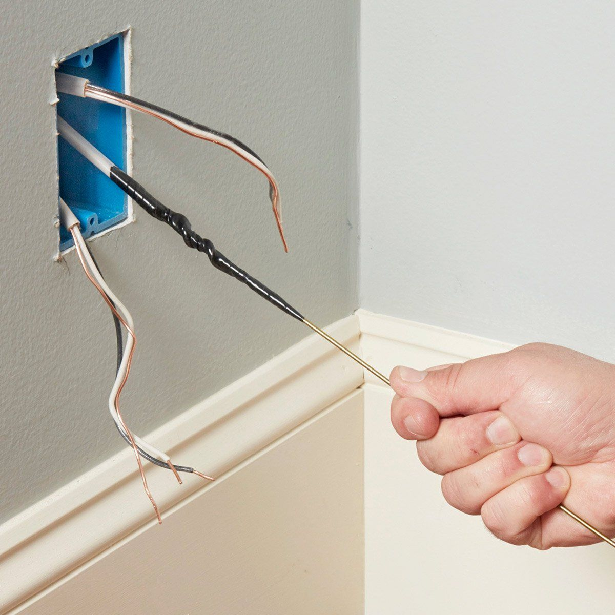 Learn from the Pros: 2 Wire-Splicing Methods | Electrical Repair and ...
