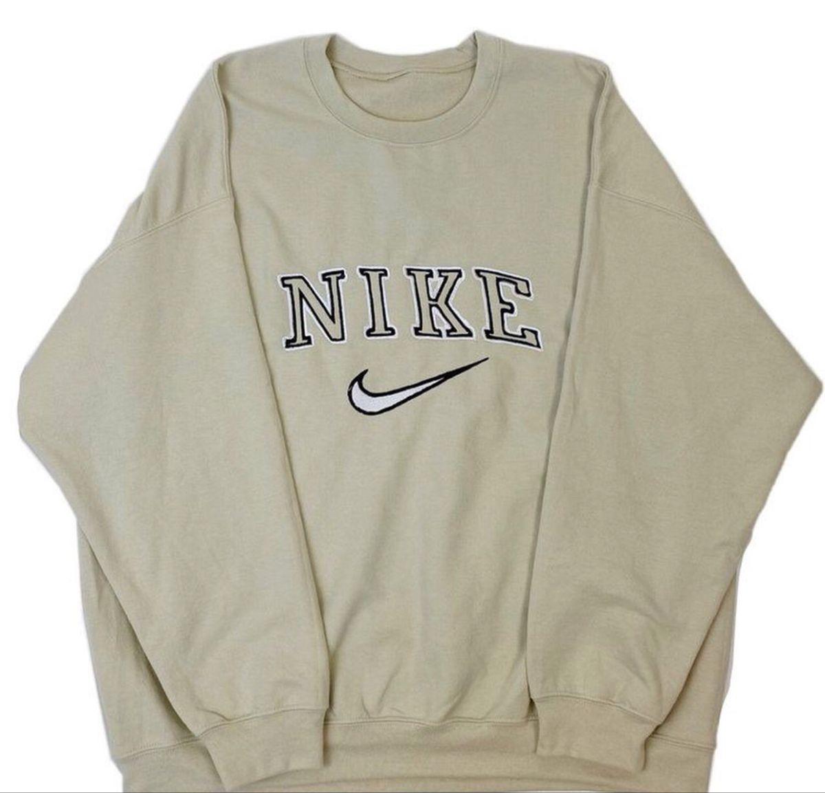Vintage Cream Nike Crewneck Sweatshirt In 2021 Nike Crewneck Sweatshirt Nike Crewneck Vintage Nike Sweatshirt [ 1153 x 1200 Pixel ]