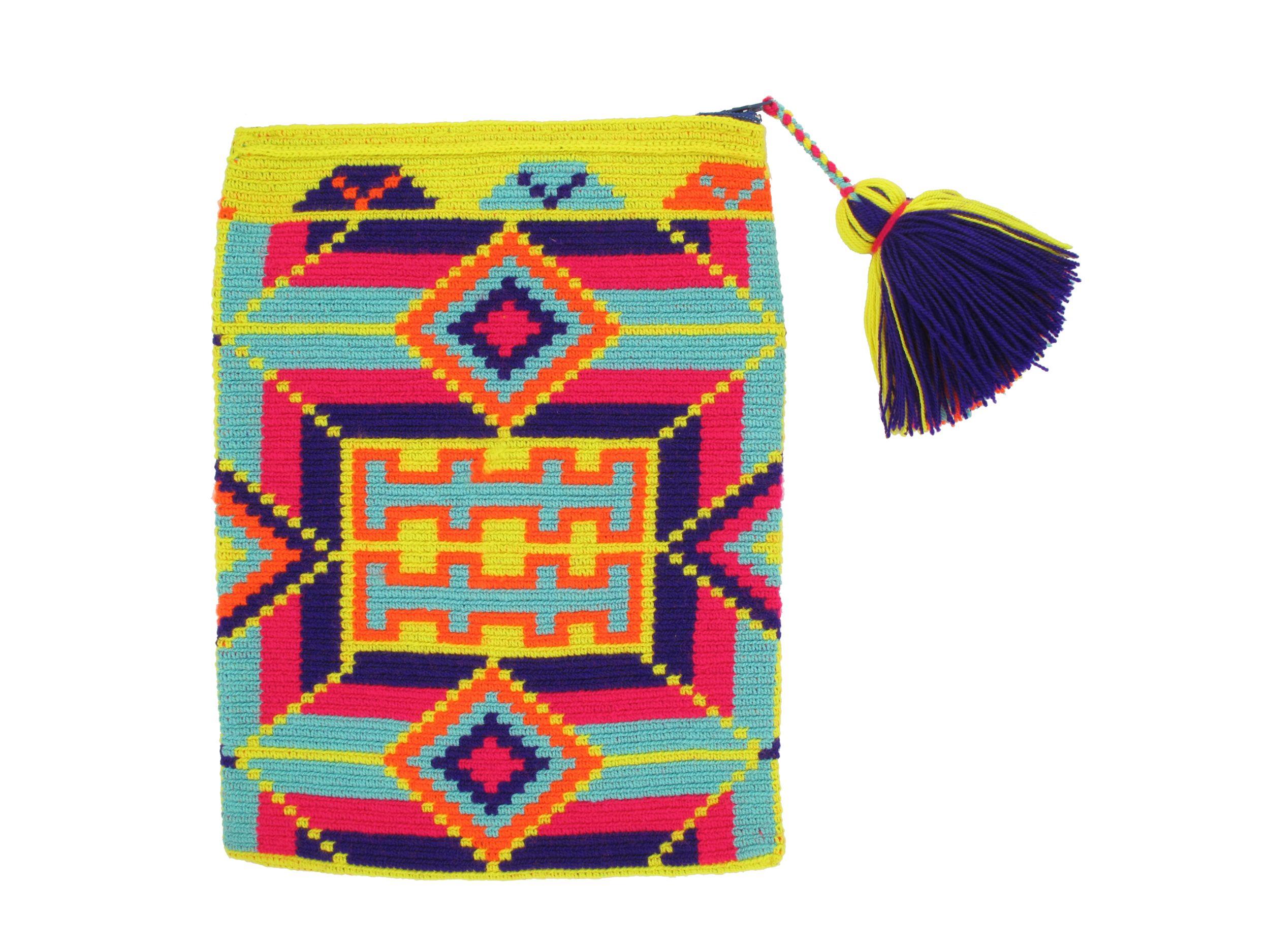 pochette pour tablette a typik wayuu mode pinterest crochet. Black Bedroom Furniture Sets. Home Design Ideas