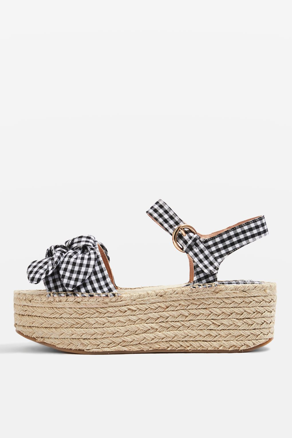 f8346cd88a2 These gingham platform sandals need to make their way into your closet!