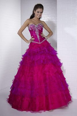 e6d77ed44 Vestido de 15 años - Color Fucsia   Púrpura   Morado que les parece ...
