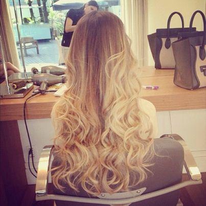 Love her hair. I wish....