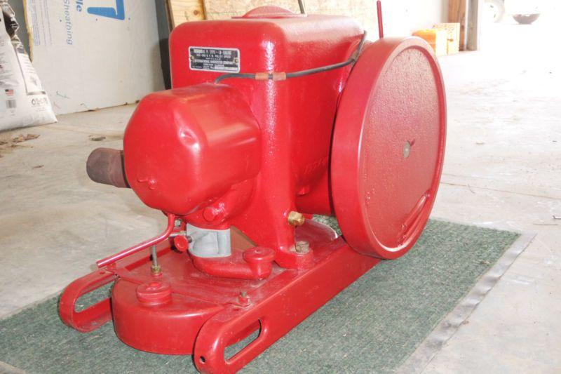 Antique International Harvester Type Lb Hit Miss Gas Engine 1 1
