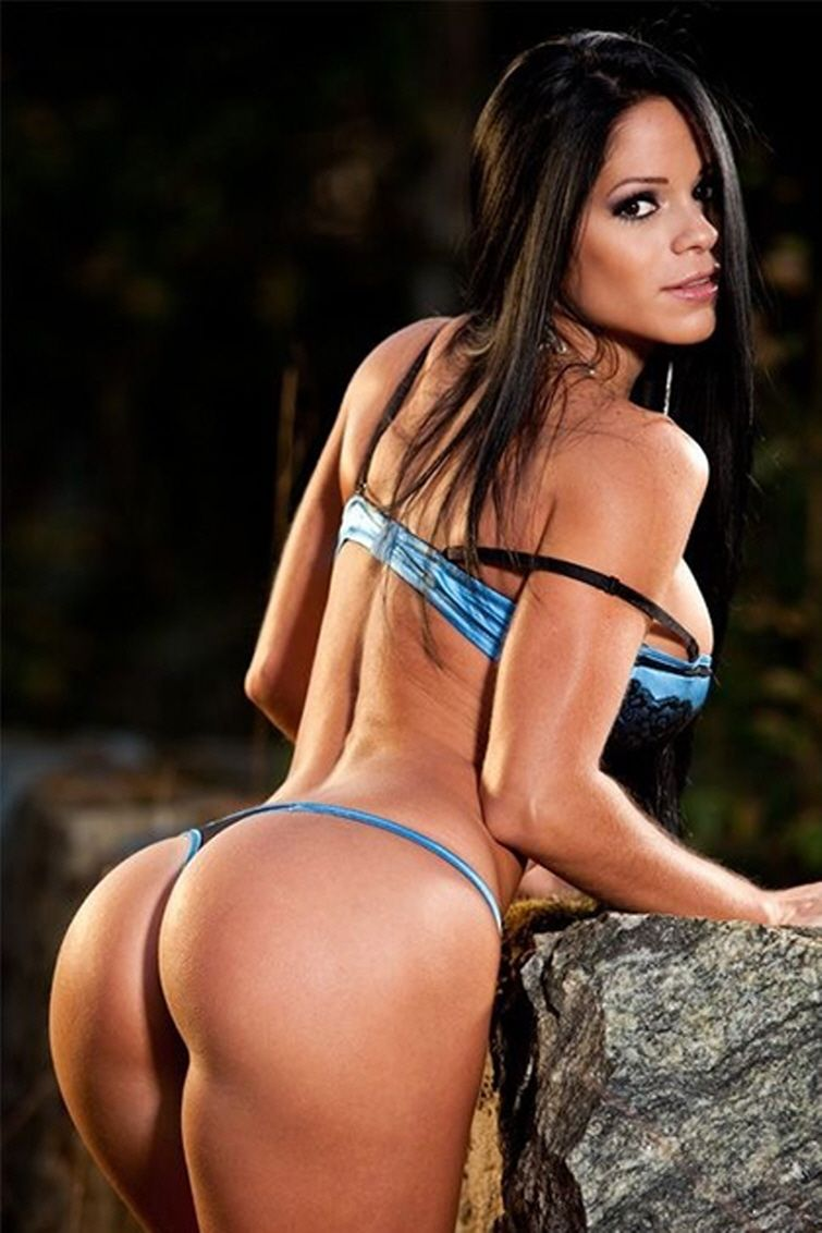 perfect 10 dream glutes of exotic latina #fitness model michelle
