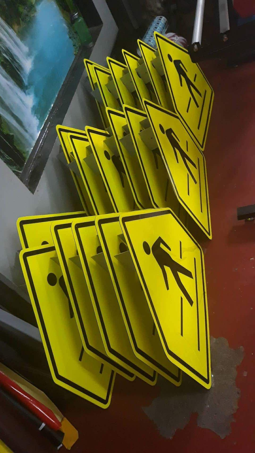 Pin On Signs And Signages Around The Globe