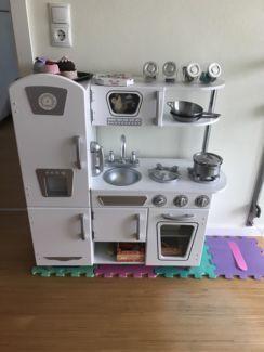 Kidkraft Retro Küche weiß mit sehr viel Zubehör IKEA u HABA in ...