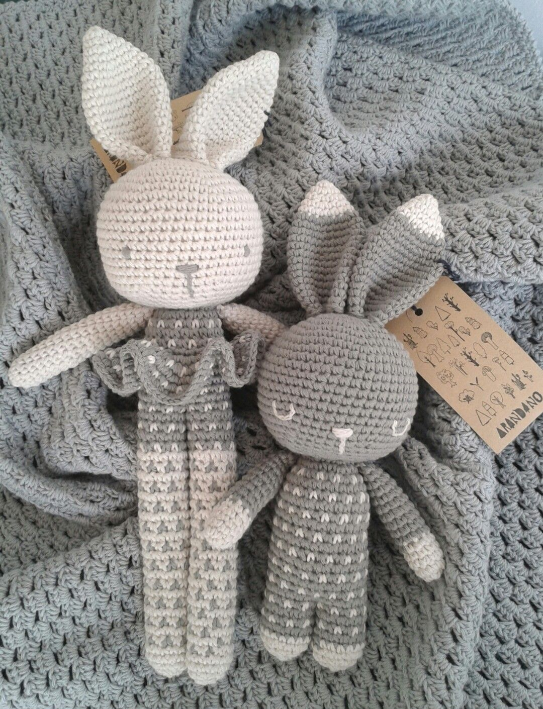 Morgan wonder if this is easy ? Might be good for Easter   crochet ...