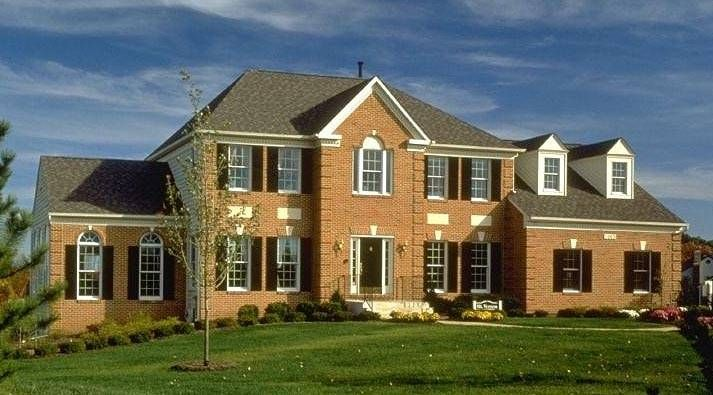 House Styles From America S Founding To Present House Styles Colonial House Colonial Style Homes