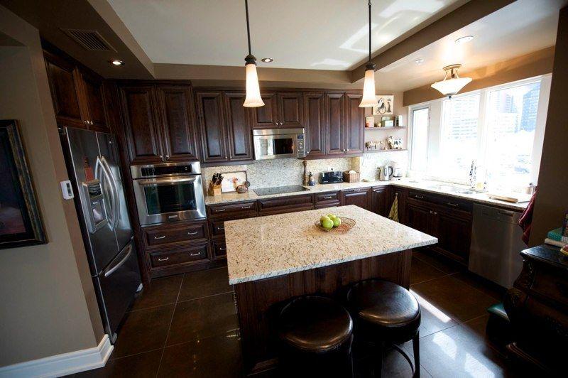 custom kitchen cabinets calgary evolve kitchens from Kitchen ...