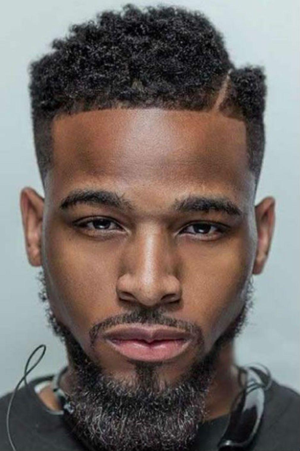 Coiffure homme 2019 Cheveux homme noir, Coiffure homme