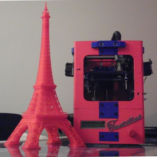 Eiffel Tower created with Tantillus (portable 3D printer)