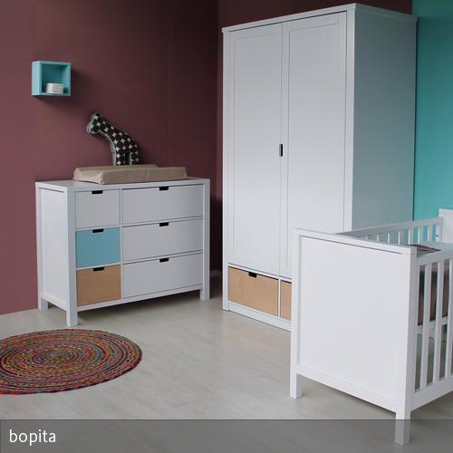 wandfarbe zu weien mbeln wohndesign. Black Bedroom Furniture Sets. Home Design Ideas