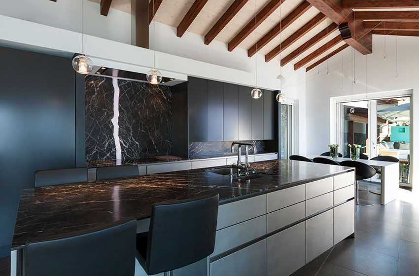 Modern Kitchen Black Granite Countertops